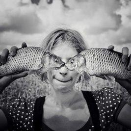 Balık gözlü kız